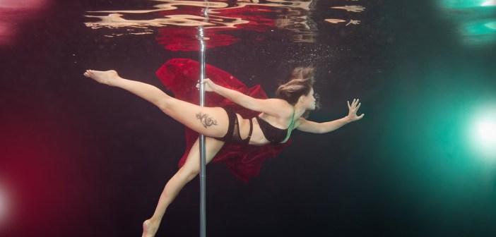 Aqua-batic: Underwater Pole Dancing Reveals The Elegance Of The Sport