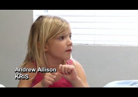 Girl, 5, Saves Mother Having Seizure in Swimming Pool
