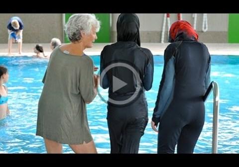 German swimming pool bans 'burqini' for Muslim women