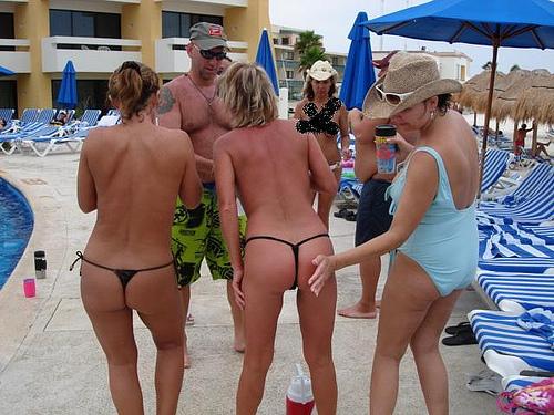 sunbathing topless female celebrities