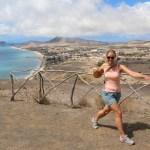 """Biltur! Den """"lille stranda"""" og hovedstaden på Puerto Santo i bakgrunn + Madeira i det fjerne"""