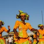 Kulturuke på Curacao startet med parade av dette slaget.
