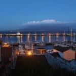 Kveldsstemning i havna i Horta.