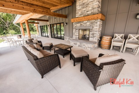 Estate Room Patio & Outdoor Fireplace