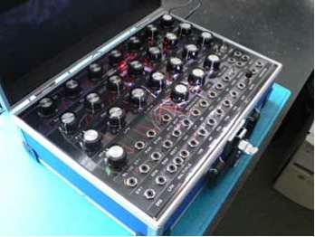 doepfer-diy-synthesizer-kit