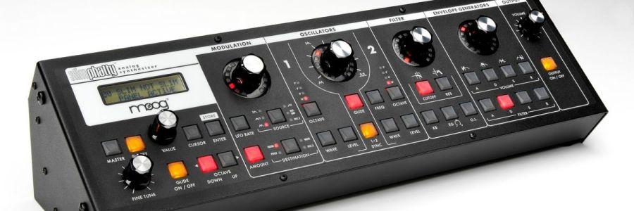 slimphatty-moog-synthesizer