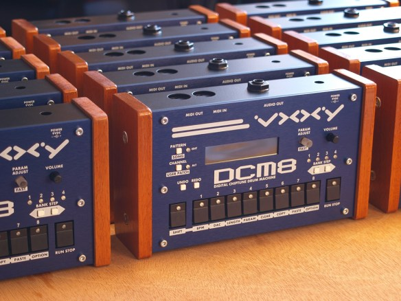 VXXY DCM8 chiptunes drum machine