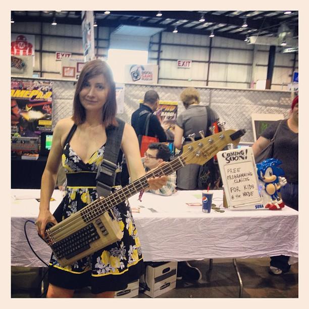 Jeri Ellsworth & Her Commodore 64 Bass Guitar Thing ...