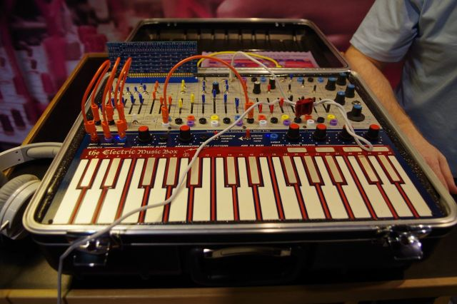 electronic-music-box
