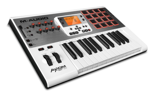 m-audio-axiom-air-25-midi-controller