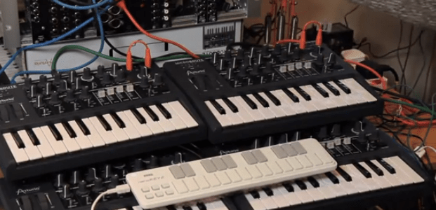 the-polyphonic-microbrute-synthesizer