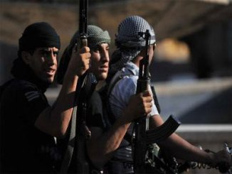 syrian-rebels-on-a-patrol-in-tal-abyad-near-turkish-border