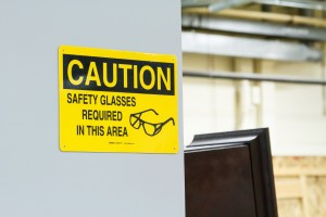 8128-rsz_use_lean__safety_signs