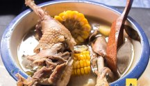 El Favoritos Chicken Bulalo is a must try!