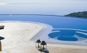Luxury-Holidays-With-Private-Pools2-001