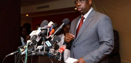 Senegalese presidential candidate Macky Sall speaks at a news conference in Dakar