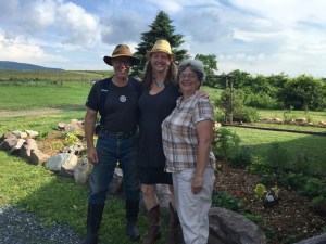 Saying goodbye to the lovely Joel & Theresa Salatin.