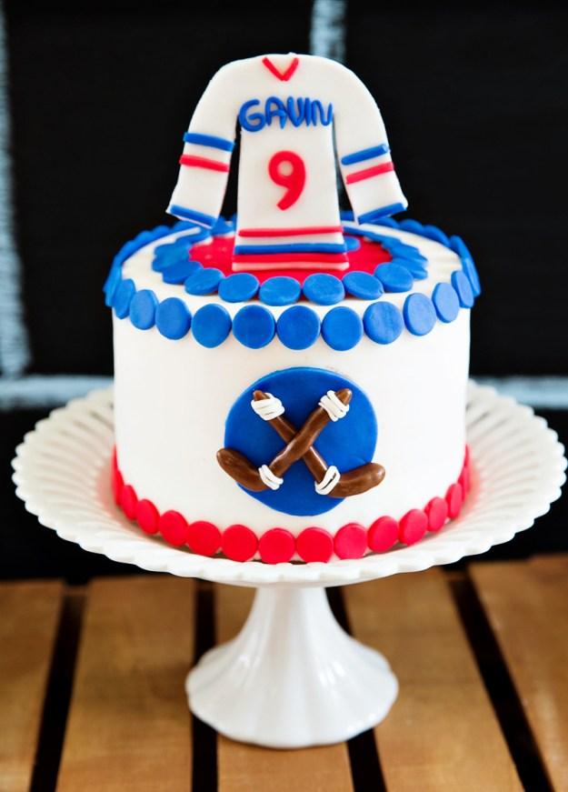 hockey-cake
