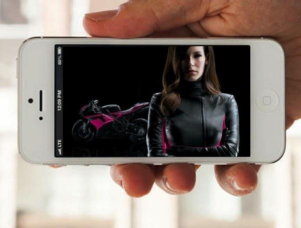 tmobile-carly-iphone