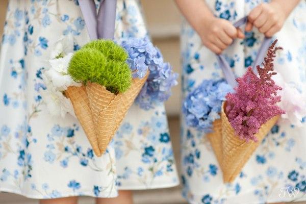 Flower girl ideas – Ice cream cone bouquets