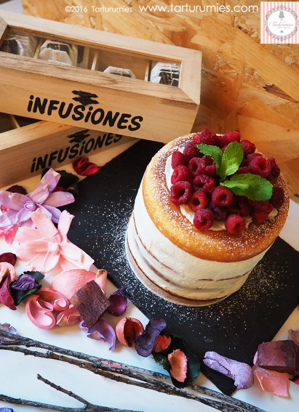 Naked Cake Limón y Frambuesas Tarturumies
