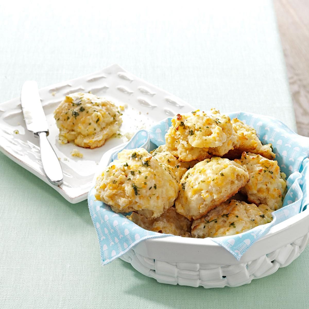 Pretentious Makeover Cheddar Biscuits Exps159552 Thhc2377563b05 09 1b Rms 1 Cheddar Bay Biscuit Waffles Recipe Cheddar Bay Biscuit Mix Recipes nice food Cheddar Bay Biscuit Recipe