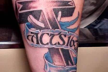 cross tattoo 033