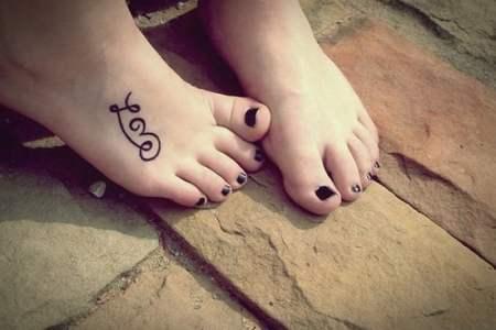 feet tattoo designs 23