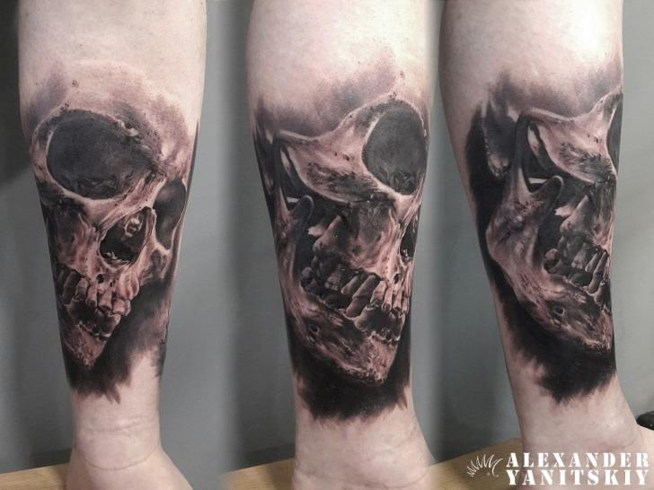 Skull Tattoo by Kipod Studio of 1 by Jody