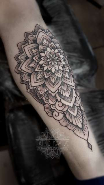 mandala - tattoo - ornamental - dotwork - chin