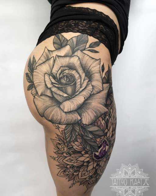 rose - rosetattoo - leg tattoo - leg sleeve - diamond - mandala - whip shading - dot work - tattoo