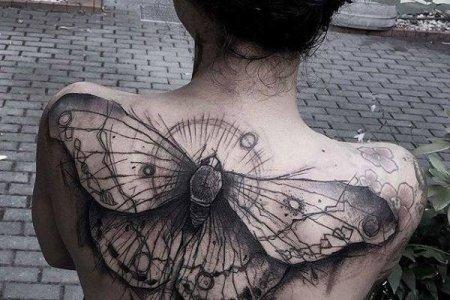 bee tattoo design on back tb133
