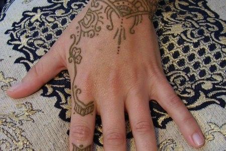 cool henna tattoos