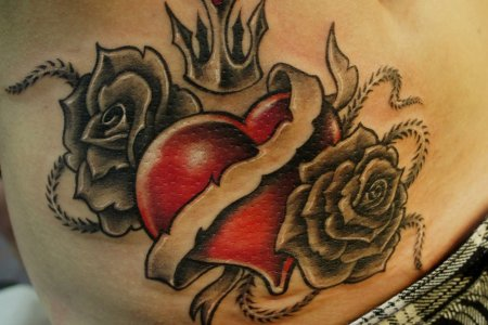 pictures of heart tattoos