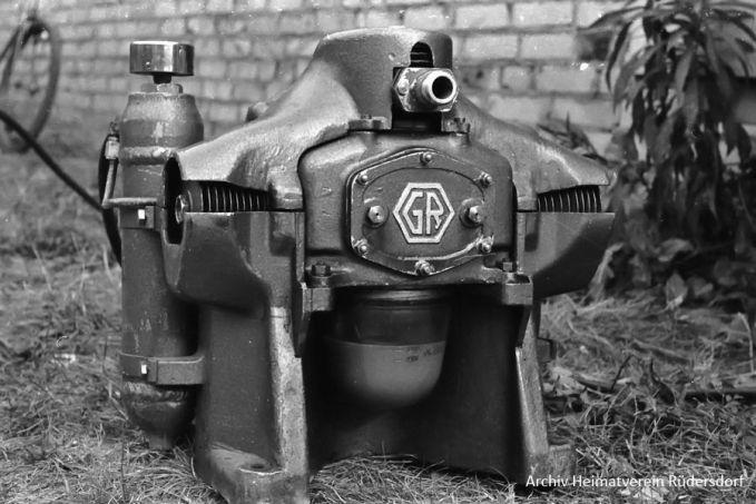 Kompressor, Tauchen im Heinitzsee, Historisches Tauchen