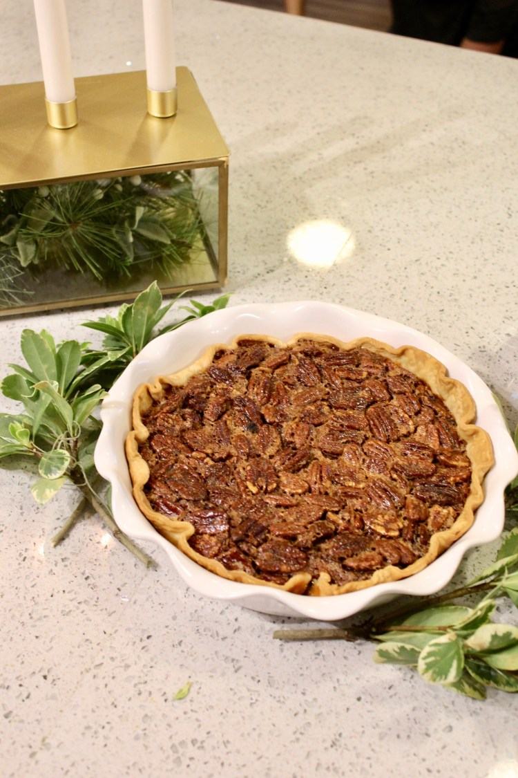 Thanksgiving Pecan Pie Recipe + The Perfect Thanksgiving Sweater