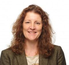 Sharon Omer-Kaye head and shoulders (2) HR