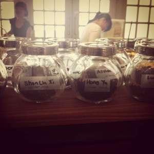 Sniffing jars