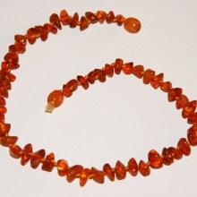 Collier ambre naturel véritable bébé cognac foncé TchooC
