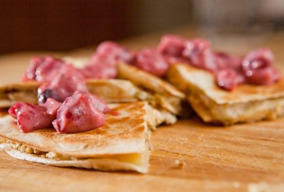 Leftover Thanksgiving Quesadilla | via teacher-chef.com