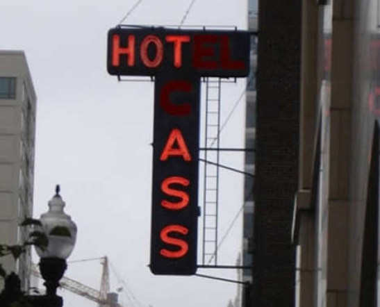 hot ass sign, funny store signs, fun advertisements, ads, worst ever, bad, street signs, real estate, misspelled, wrong, fail, stupid, wtf, bad product names, neon signs, funny names, funny people, wrong place wrong time,