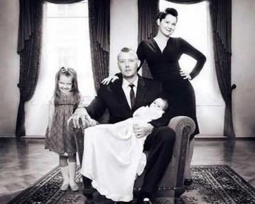 bad family photos, funny family photos, scary, creepy, weird, strand awkward, fail, stupid