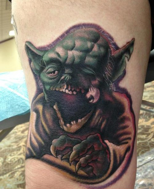 yoda with eye popping out Bad Star Wars Tattoos, Worst Star Wars Tattoos, ugliest tattoos, funny tattoos, star wars convention, ugliest tattoos, worst tattoos in america, stupid people, funny pictures, wtf, fail, crazy, horrible, terrible, regrettable, regrets, awful ugly