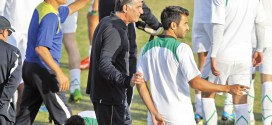 Queiroz visits Corinthians Club camp in Brazil
