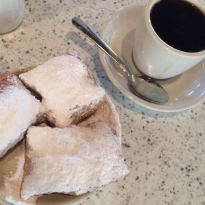 Cafe du monde beignet
