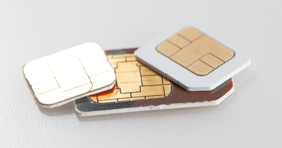 nano-sim-card-vs-micro-and-normal-sim-card_1333117835.jpg