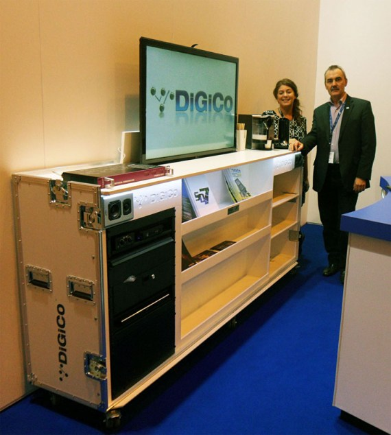 5 Star DiGiCo Expo Cabinet 2a 570x634 5 Star Designs a Classy Bit on the Side  for DiGiCo