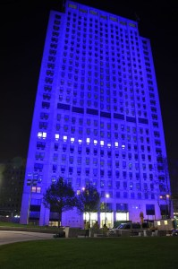 Anolis Shell Centre London DSC 0416a 199x300 Anolis Illuminates London's Shell Centre