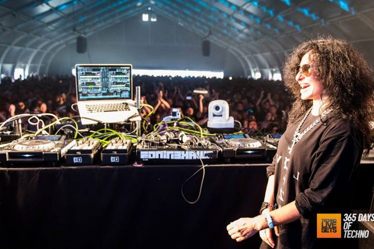 Nicole Moudaber – MOOD on the Hudson (In the MOOD Radio 066) – 26-07-2015