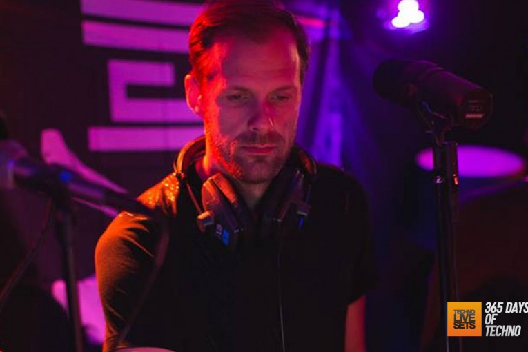Adam Beyer – IKON, Antwerp (Techno For Humanity) – 17-09-2015 – @realAdamBeyer